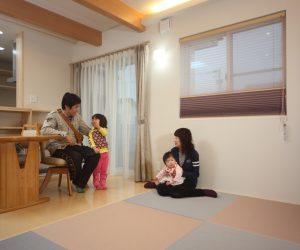 富山市岩瀬の健康住宅の家族