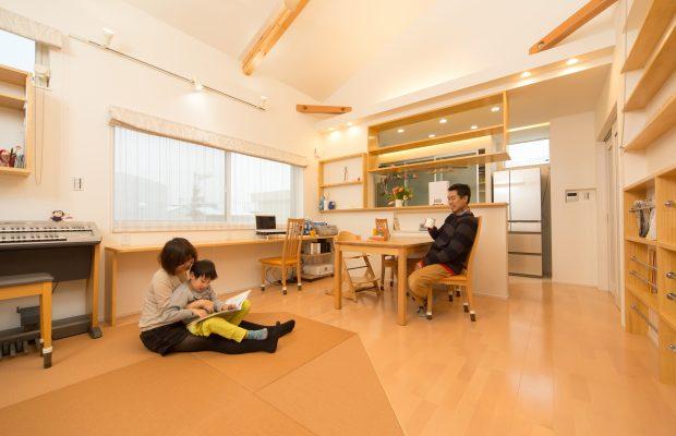 富山市の健康住宅の二世帯住宅