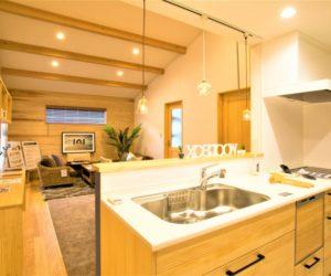 富山市の注文住宅のキッチン例