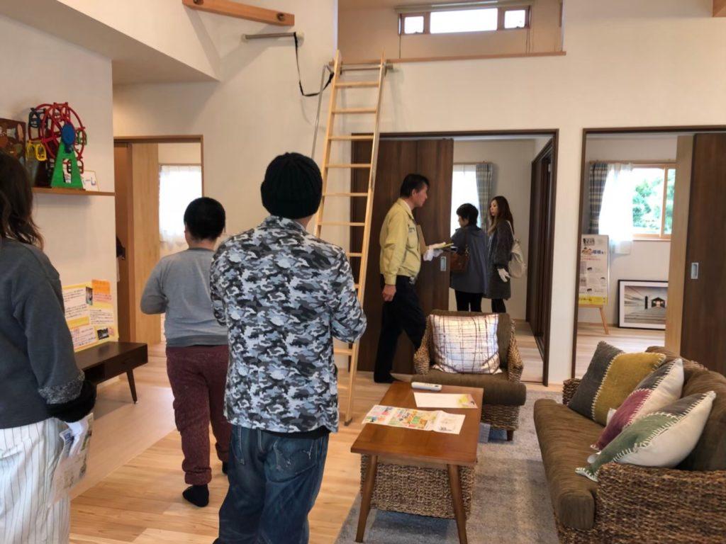 滑川市の注文住宅の見学会の様子