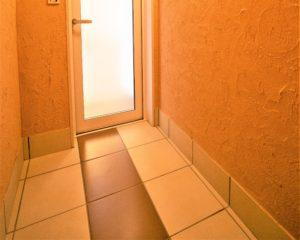 白山市で注文住宅を建てるレモンホームのお家の抗酸化陶板浴