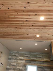 射水市の木の家の平屋I様の無垢材の天井