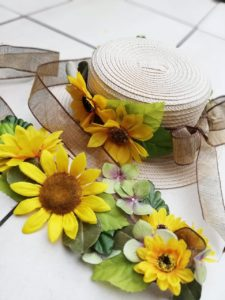 富山市の注文住宅の麦わら帽作り