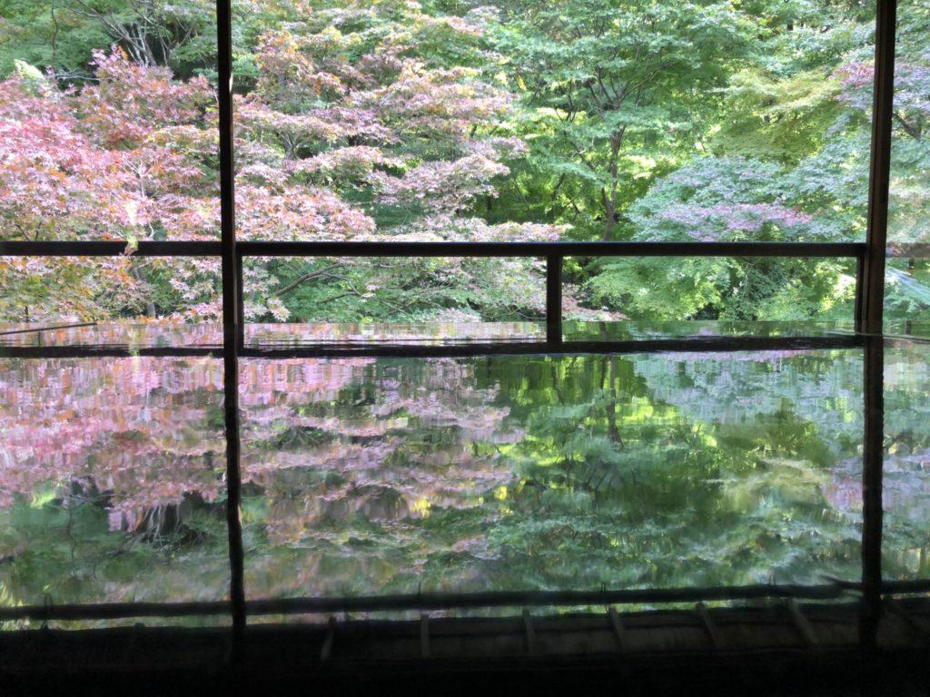 富山市の注文住宅の社長の尊敬する先生の作品