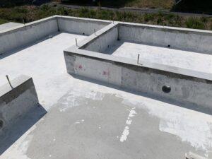富山市の注文住宅の基礎抗酸化塗り