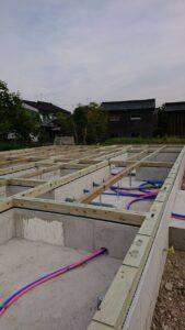 高岡市の注文住宅の土台敷き
